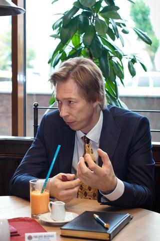 Дмитрий Сухов